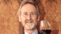 el-rey-de-espana-distingue-a-un-canadiense-por-su-aportacion-a-la-promocion-del-vino-y-el-turismo